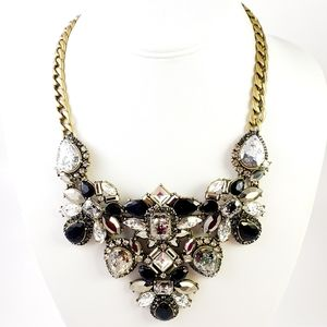 NWOT!  Chloe + Isabel Statement Necklace